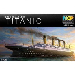 Academy RMS Titanic White Star Liner